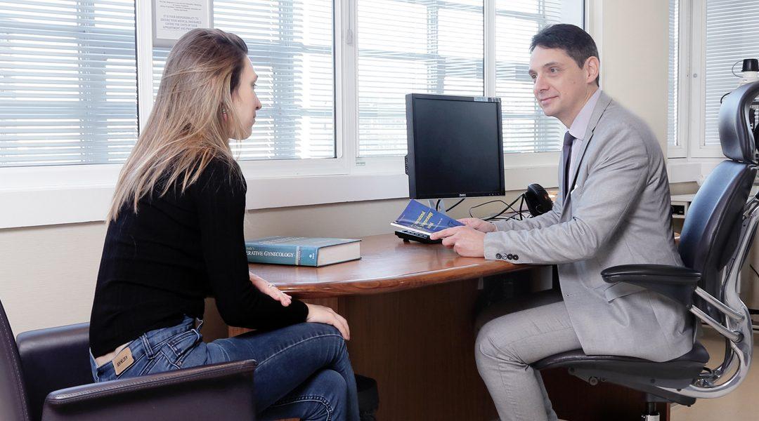 Mr Philippe de Rosnay – Consultant Gynaecologist & Laparoscopic Surgeon